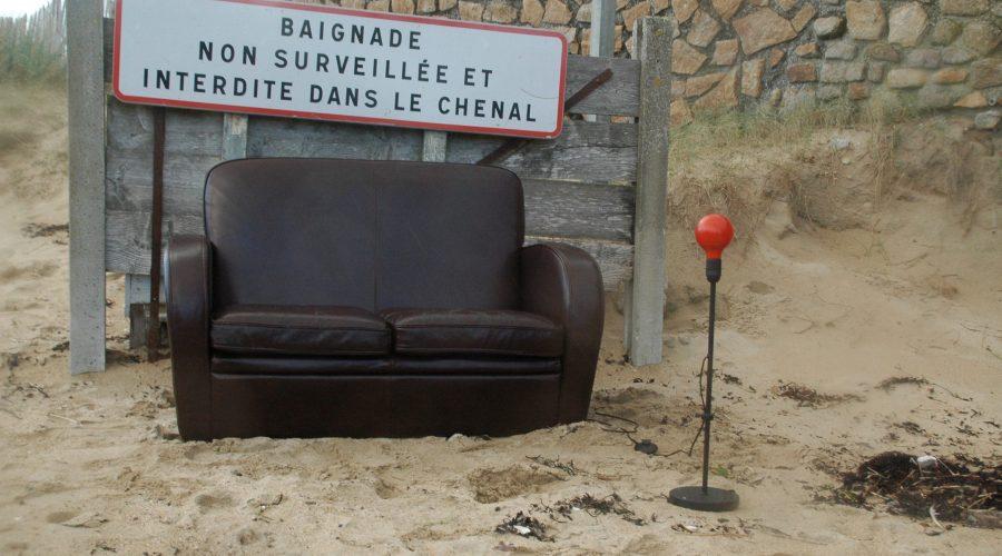 Baignade non surveillée, Canapé autorisé, à Lingreville
